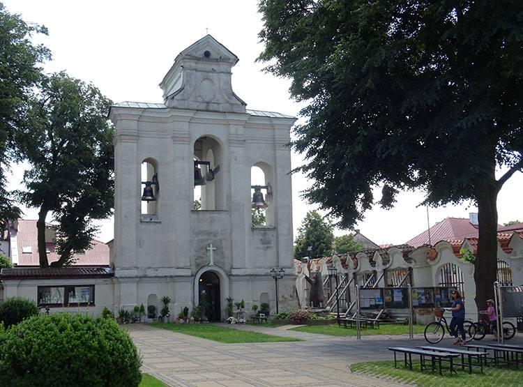 dzwonnica bazylika kościół Lubartów ciekawostki atrakcje zabytki
