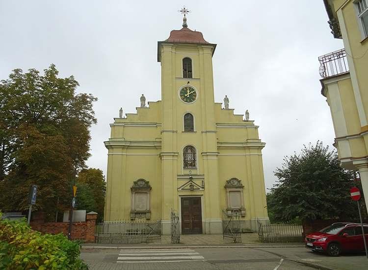 kościół Jana Chrzciciela w Pleszewie