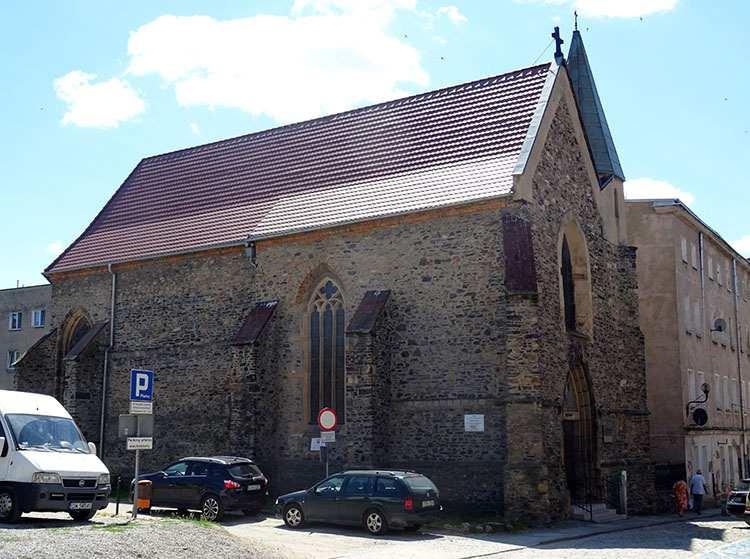 kościół św Barbary Strzegom ciekawostki zabytki atrakcje