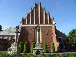 kościół św. Michała Archanioła Płońsk ciekawostki zabytki