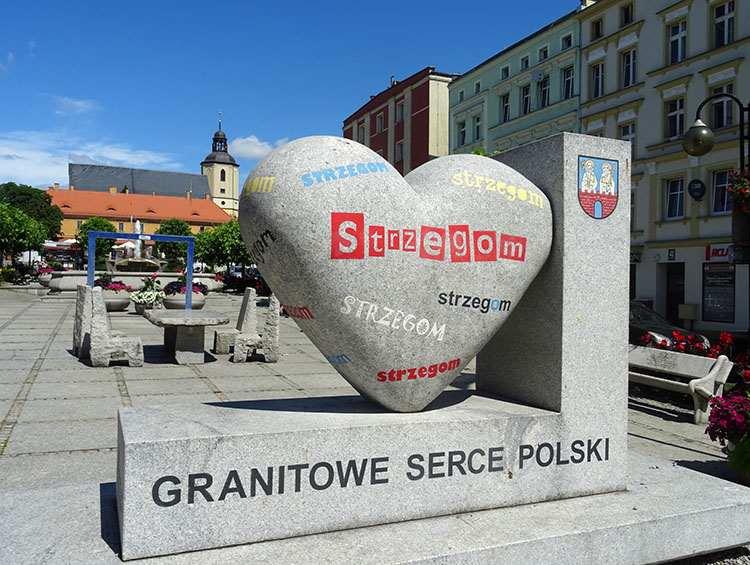 rynek w Strzegomiu Granitowe Serce Polski