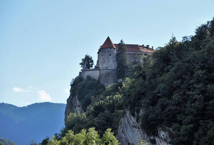 Bled zamek Słowenia ciekawostki atrakcje zabytki
