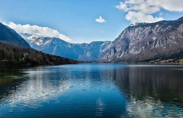 jezioro Bohinj Słowenia atrakcje ciekawostki