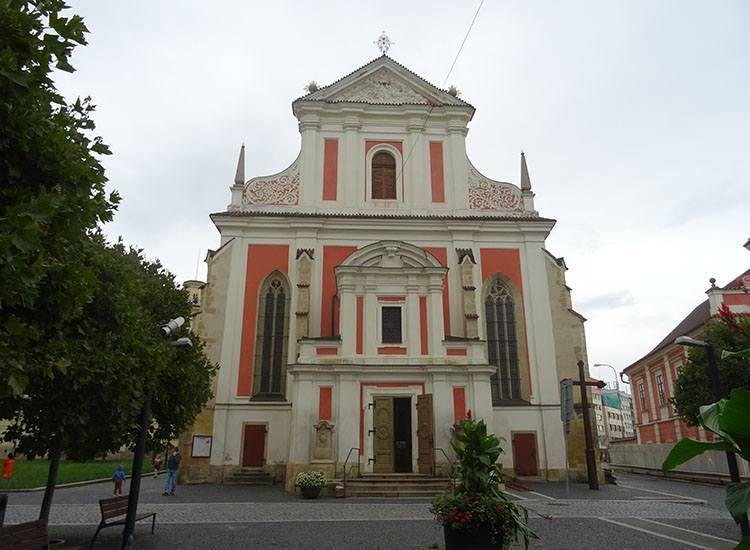 kościół Wniebowzięcia NMP Mlada Boleslav Czechy ciekawostki atrakcje zabytki