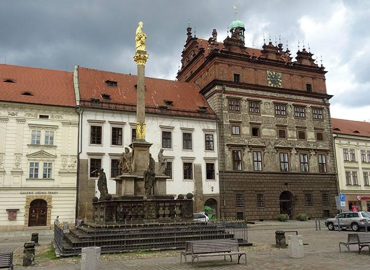 renesansowy ratusz Pilzno Plzen Czechy ciekawostki atrakcje zabytki