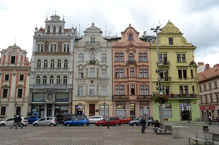 kamienice rynek Pilzno Plzen Czechy ciekawostki atrakcje zabytki