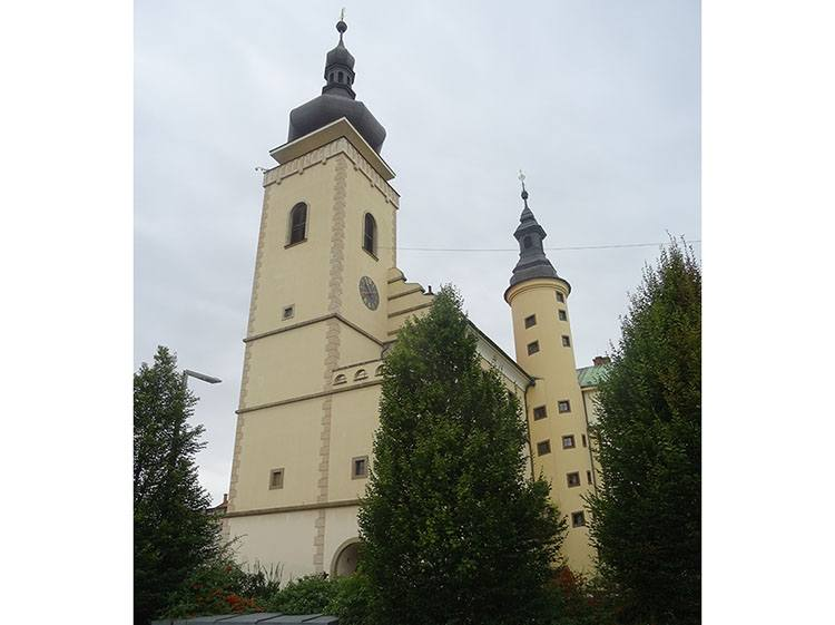 stara radnice wieża Mlada Boleslav Czechy ciekawostki atrakcje zabytki