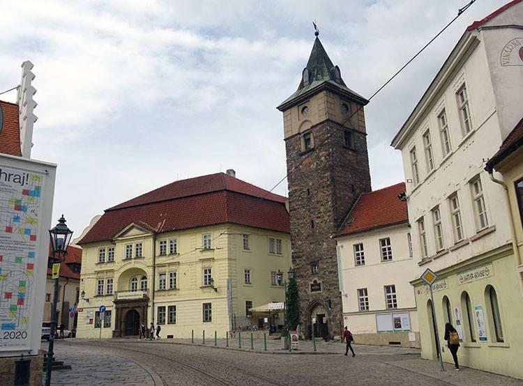 wieża Pilzno Plzen Czechy ciekawostki atrakcje zabytki